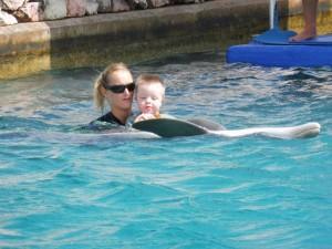 het water in, en een eerste ontmoeting met doflijn Bonny