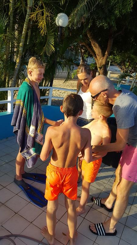 Thijs en zijn familie waren ook van de partij! Ook Thijs heeft afgelopen twee weken de therapie gevolgd en was 1 van onze buurtjes.